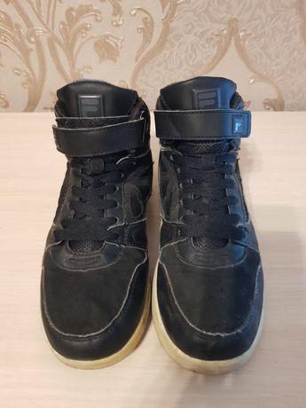 Кроссовки Fila 37.5 размер