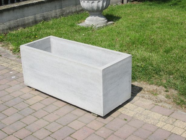 Donica betonowa, ciężka, podstawa prostokątna