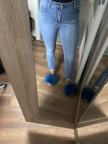 Jeansy rurki spodnie strzepione zip zamki wyzszy stan M