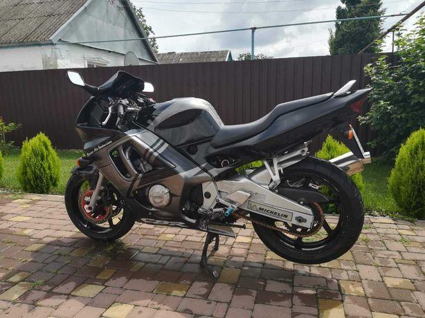 Мотоцикл Honda cbr f3