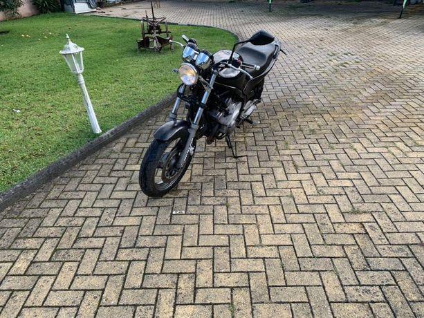 Yamaha XJ600 Diversion MUITO BOM Estado XJ6