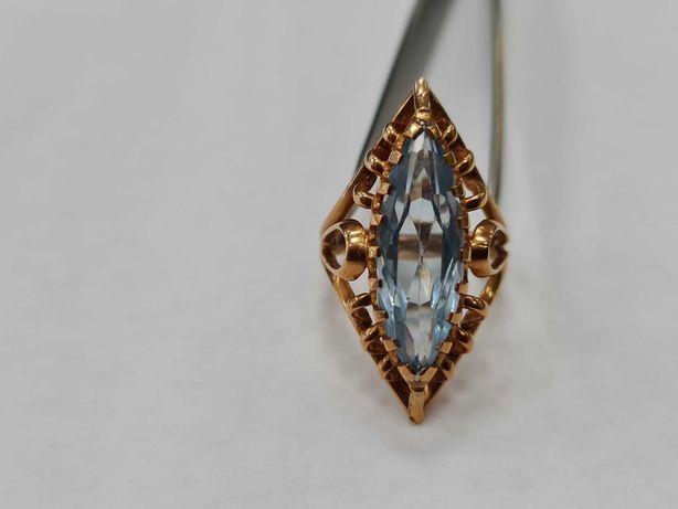 Wyjątkowy złoty pierścionek damski/ 585/ 8.92 gram/ R15
