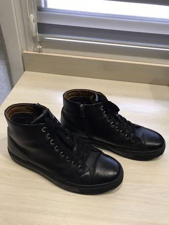 Продається шкіряне взуття (пізня осінь-зима) фірми «Braska»