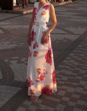 Очень красивое и нежное женское платье