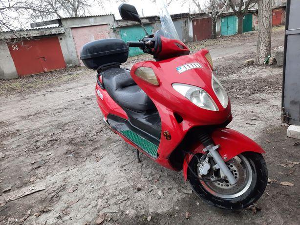 Макси скутер Viper кат. А мотоцикл 150 сс