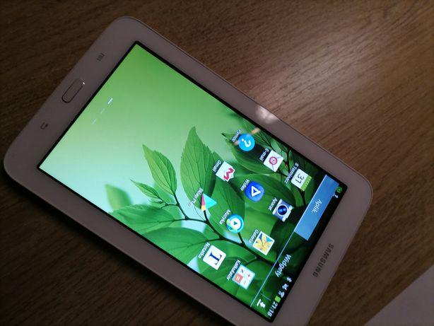 Tablet Samsung j a k nowy