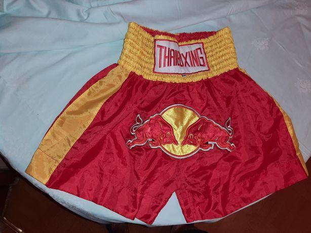Продам шорты для тайского бокса, муай тай,размер М.
