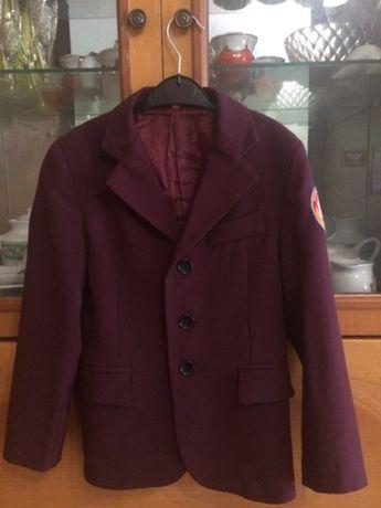 Бордовий піджак для хлопчика 122
