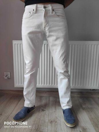 Spodnie Mustang białe kremowe proste nogawki rurki nowe jeansy dżinsy