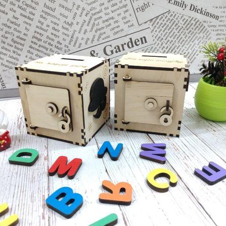 Копилка деревянная. Сувенир, подарок для детей