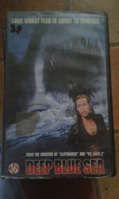Deep blue sea film VHS
