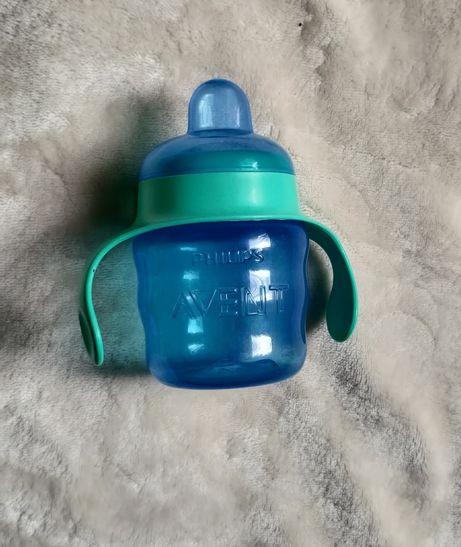 Чашка-непроливайка з м'яким носиком Avent