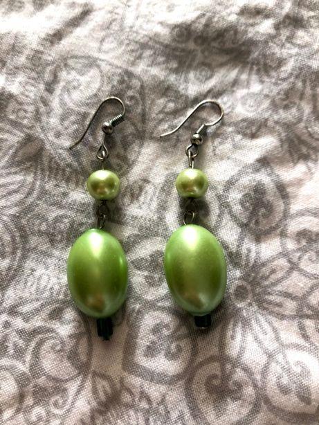 Vendo brincos verdes