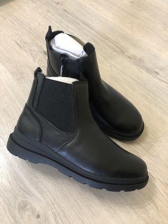 Ботінки Zara 35