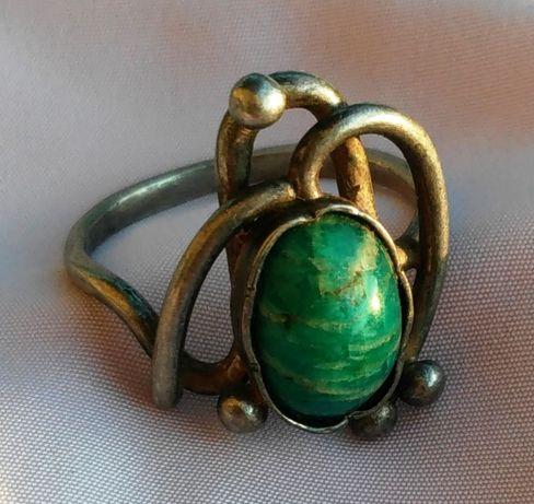 Кольцо с минералом серебро 925 Україна
