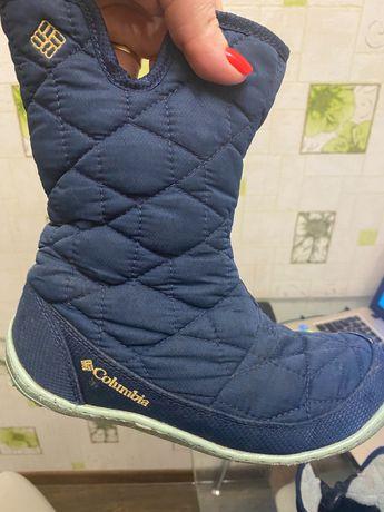 Продам зимние ботиночки Columbia для девочки