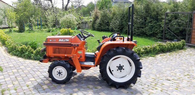 Трактор японський Kubota