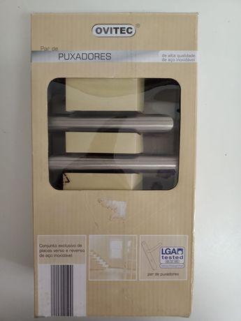 Par de Puxadores em aço inox, novos na caixa.