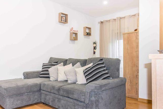 Aluga-se apartamento T2 no centro da cidade da Covilhã perto da UBI