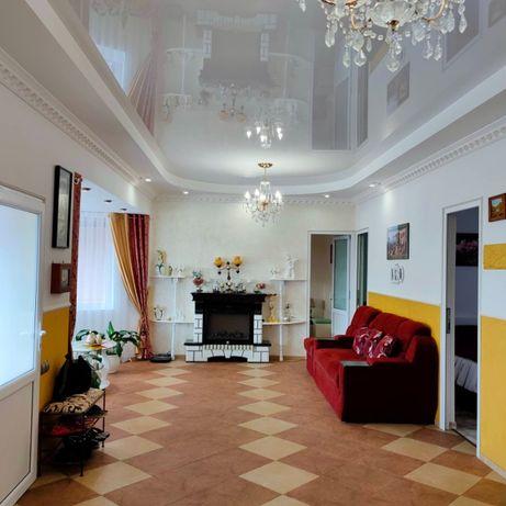 Продаётся прекрасный дом с участком + магазин (готовый бизнес) ЛН