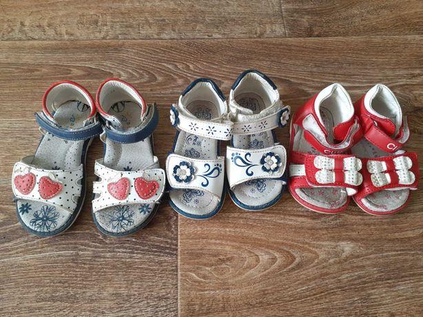Взуття на дівчинку від 1 року до 3-х