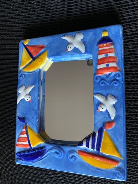 Niebieskie lusterko z motywem morskim