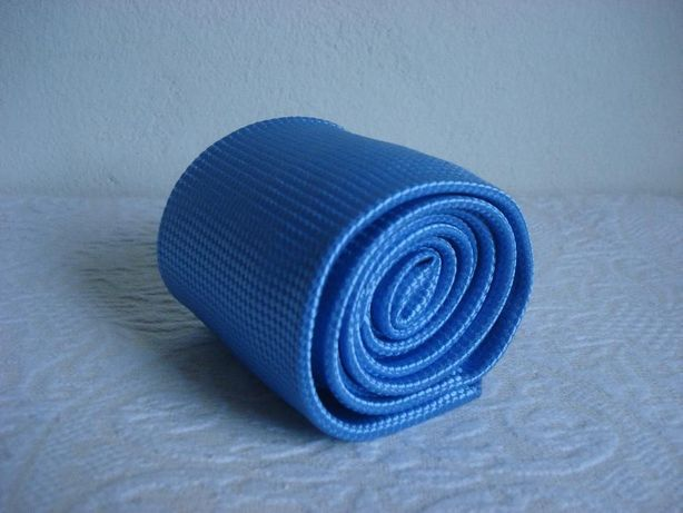 Gravata Under Blue