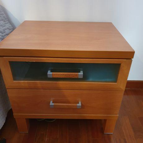 Mobília usada de quarto