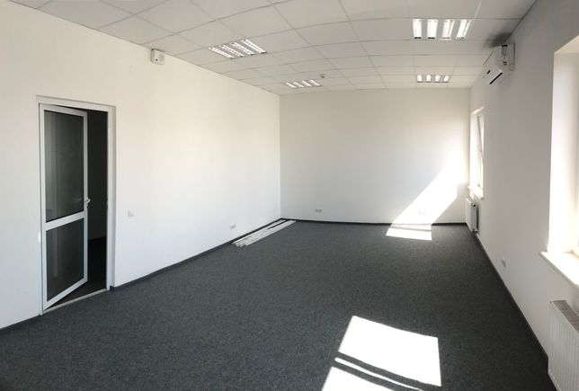 Оренда офіс 120м2 по вул. Героїв УПА від власника