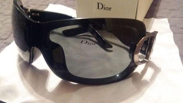Óculos de sol Dior pretos