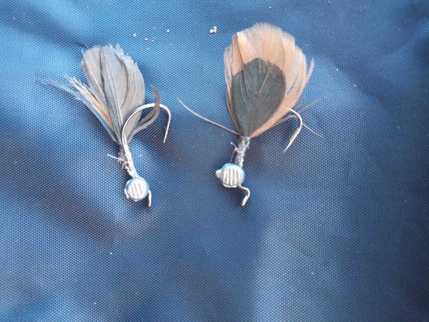 Dwie przynęty muchowe na okonia, pstrąga