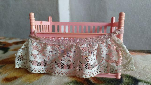 Детская кроватка для маленьких кукол