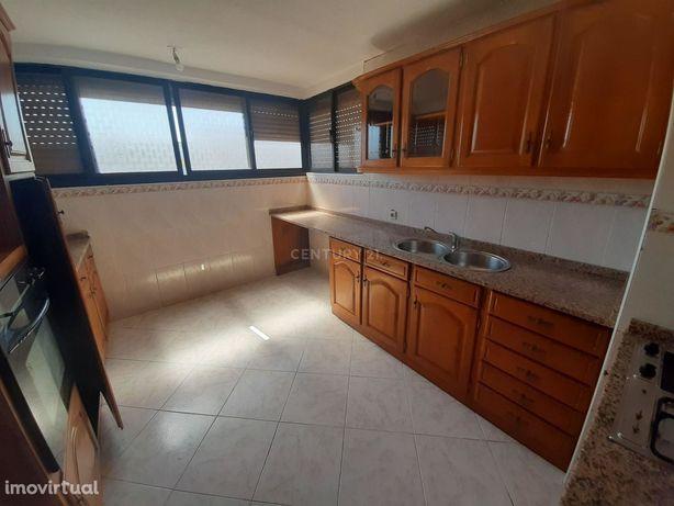 Apartamento T2 na Cidade Sol/Barreiro, OPORTUNIDADE!!!