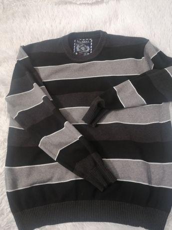 Swetr XL McNeal