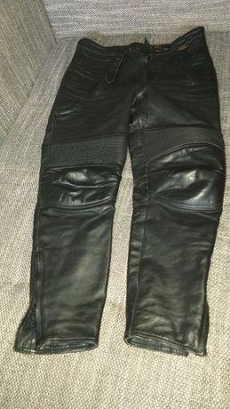 Sprzedam spodnie ze skóry 86cm pas na 174