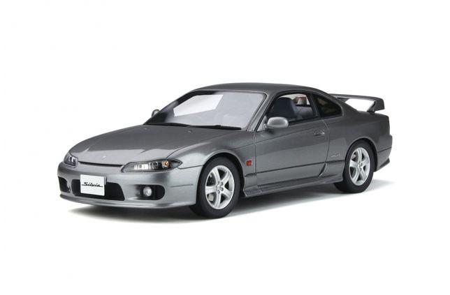 Miniaturas Automóvel 1:18 OTTOmobile Toyota / Renault / Opel / Honda