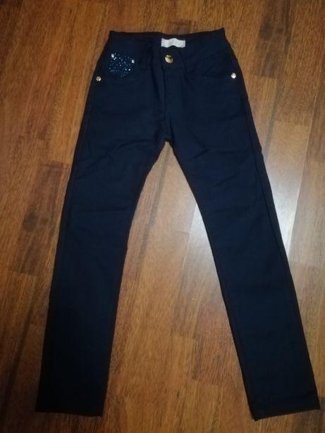 Брючки- брюки для девочки.