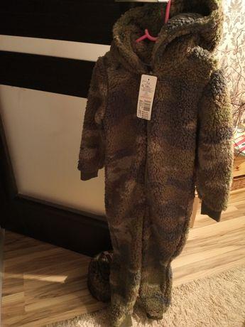 Jednoczęściowy strój ocieplany z kapturem,7-8 lat, pajacyk, kombinezon