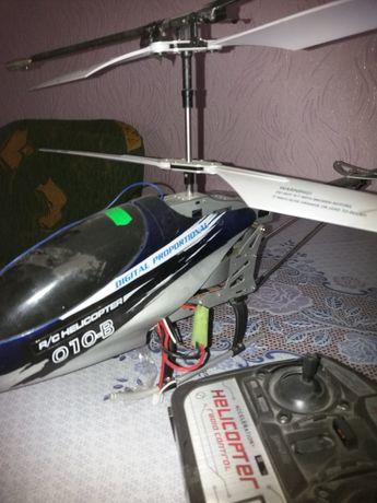 Вертоліт на дистанційне керування