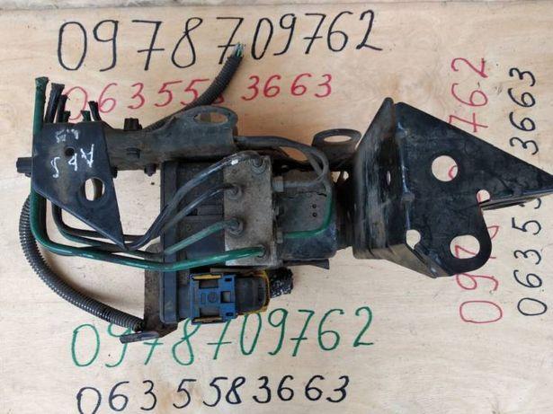 Блок управления ABS Renault Laguna 2 II 8200183495-B