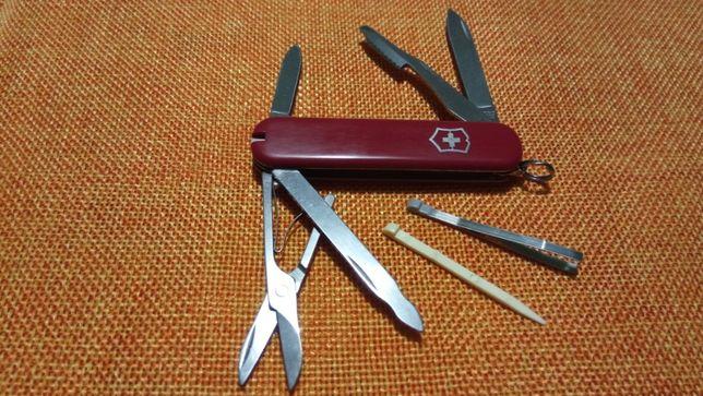 Швейцарський армійський ніж нож 74 мм Victorinox Executive 0.6603