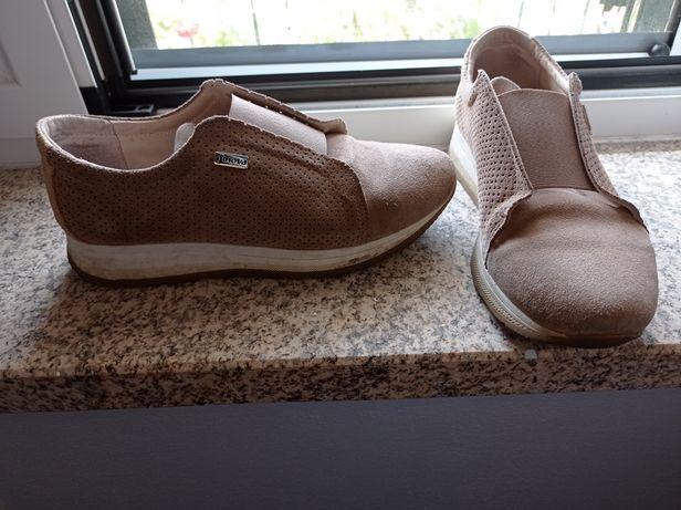 Sapato tipo ténis (última baixa preço)