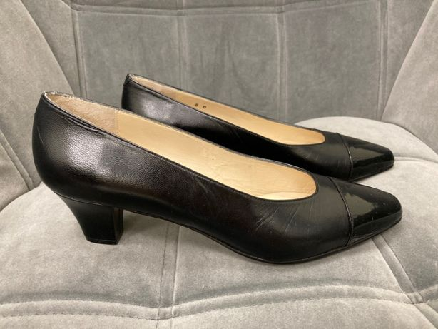 Nowe czarne klasyczne skórzane buty szpilk Rose-Lee vintage USA 38 39