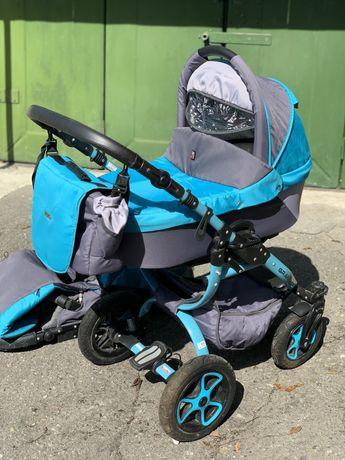 Коляска для новорожденных с прогулочным блоком