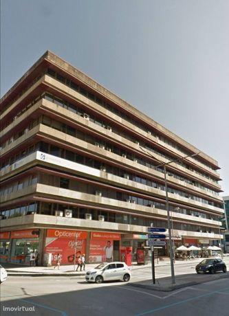 Edifício Fernão Magalhães - Sala Escritório com A/C