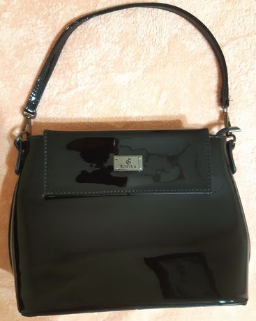 Женская сумочка лаковая