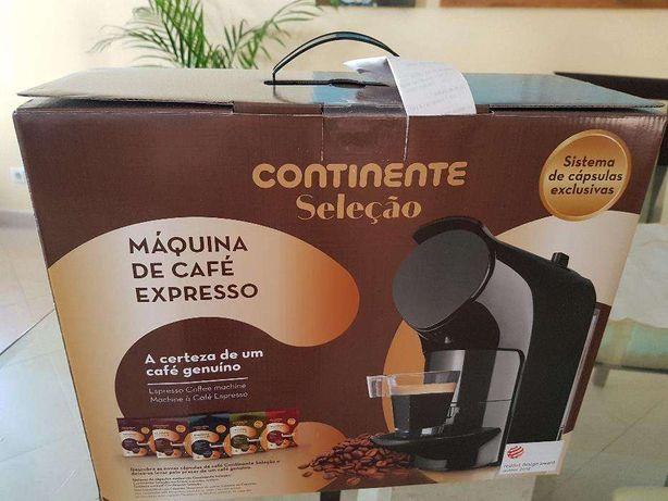 Maquina de Café de cápsulas nova e Selada
