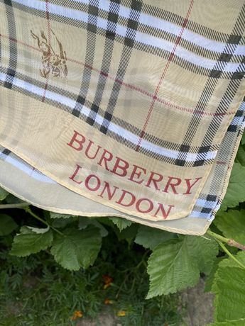 платок шелкавий Burberry