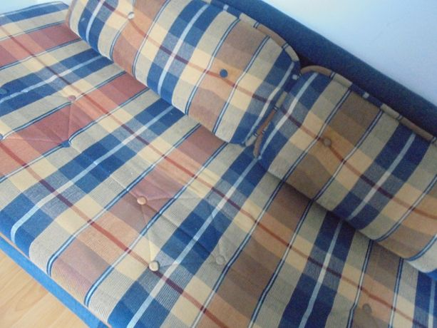 kanapa/sofa rozkładana kratka