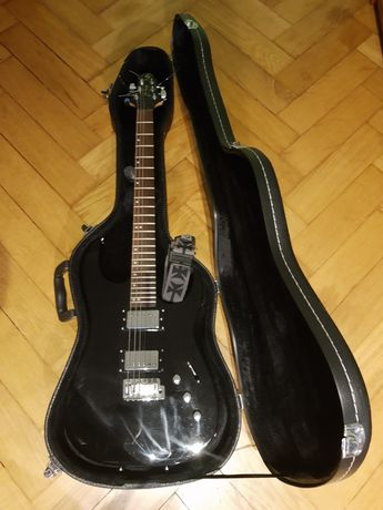 Gitara Samick Interceptor IC-20, futerał, Zoom G2, wzmacniacz.
